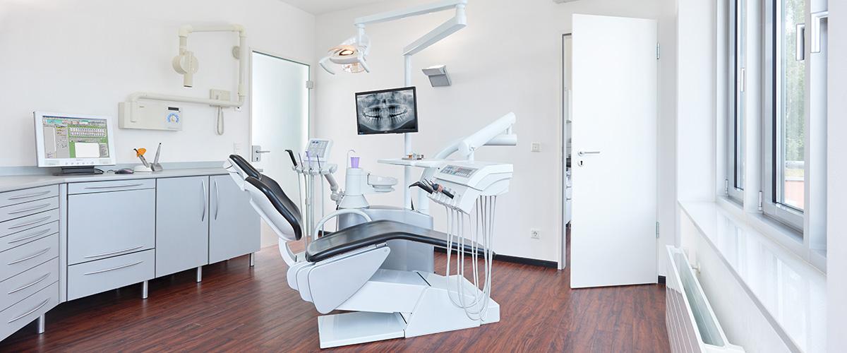 Implantologie Zahnarztpraxis Haar